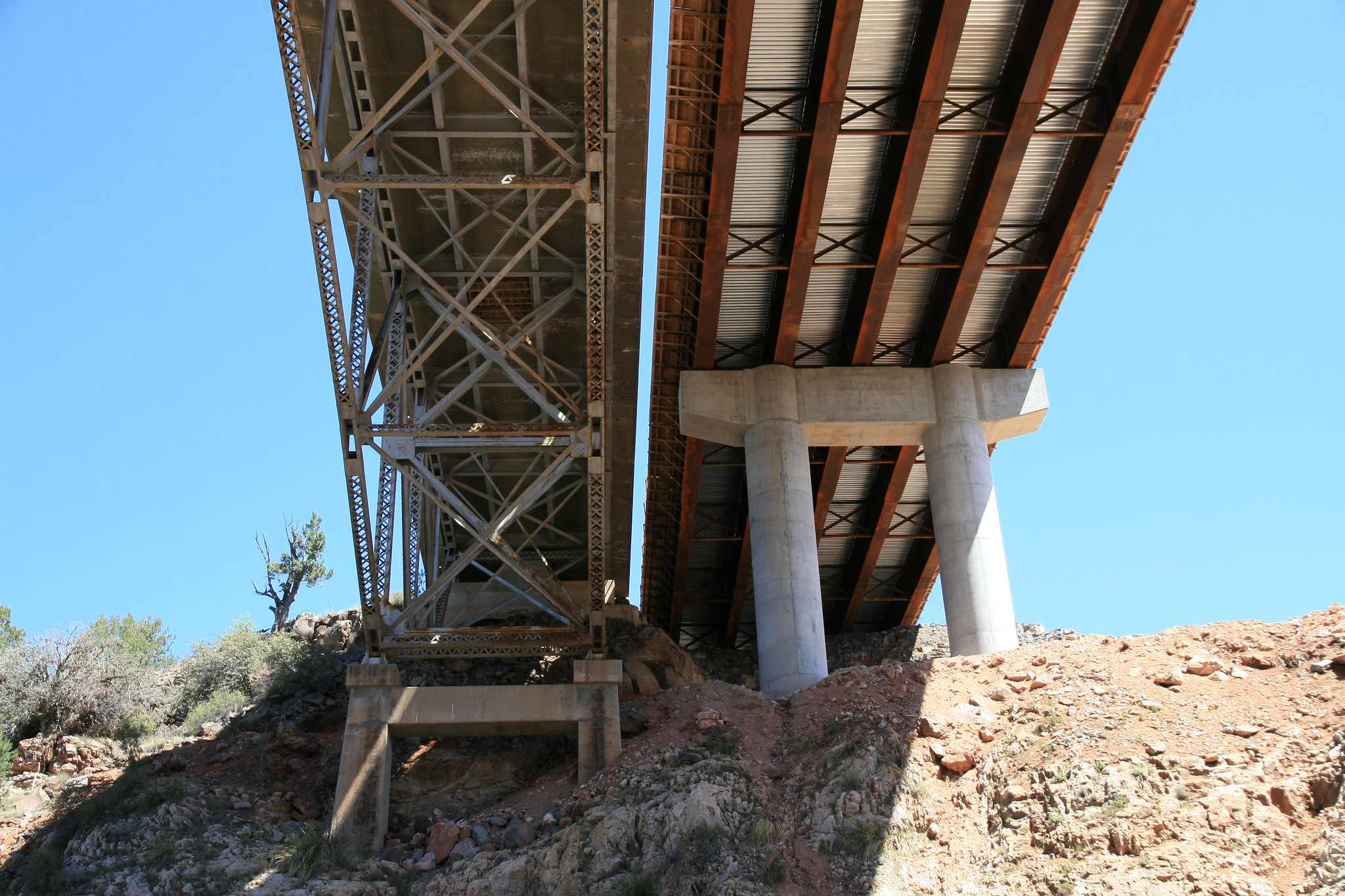 Wider, more truck-friendly bridge opens on AZ 89 at Hell Canyon