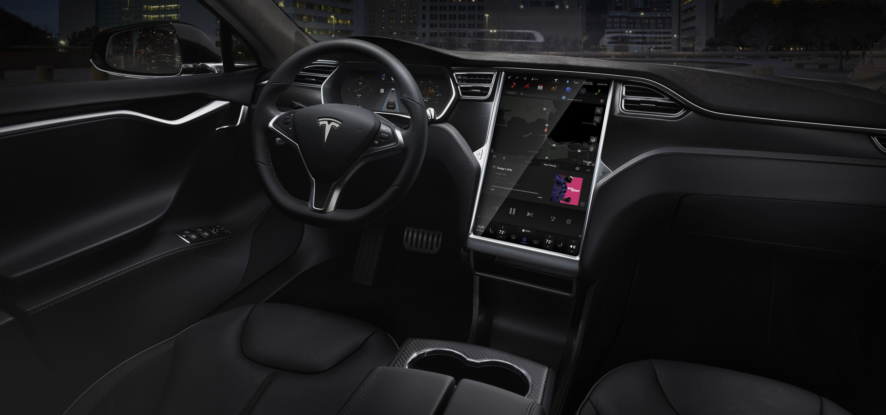 The dash of a Tesla Model S.