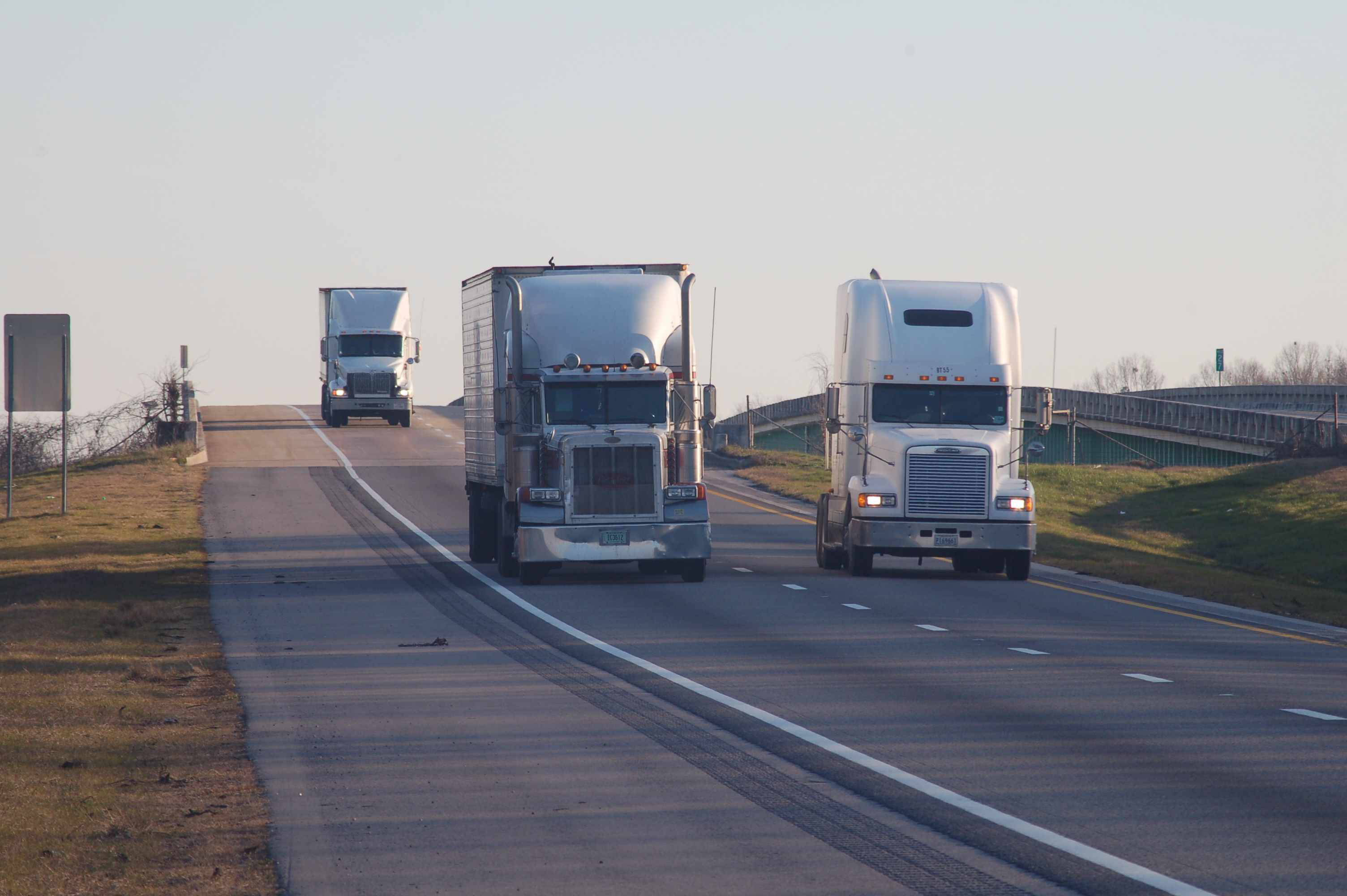 Truck speed limiter mandate, emissions regs part of lawsuit against Trump two-for-one regs order