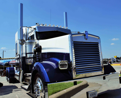 Jay Holsomback and his workhorse 1996 KW W900L