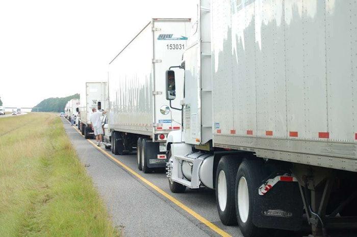congestion-traffic-highway20060625_0171