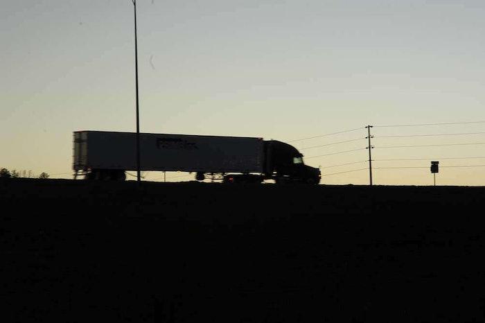 hours-highway-truck20070105_0108