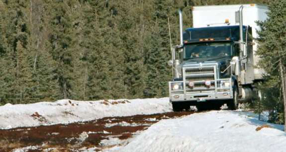 Drivers face deteriorating roads in latest 'Ice Road Truckers' episode