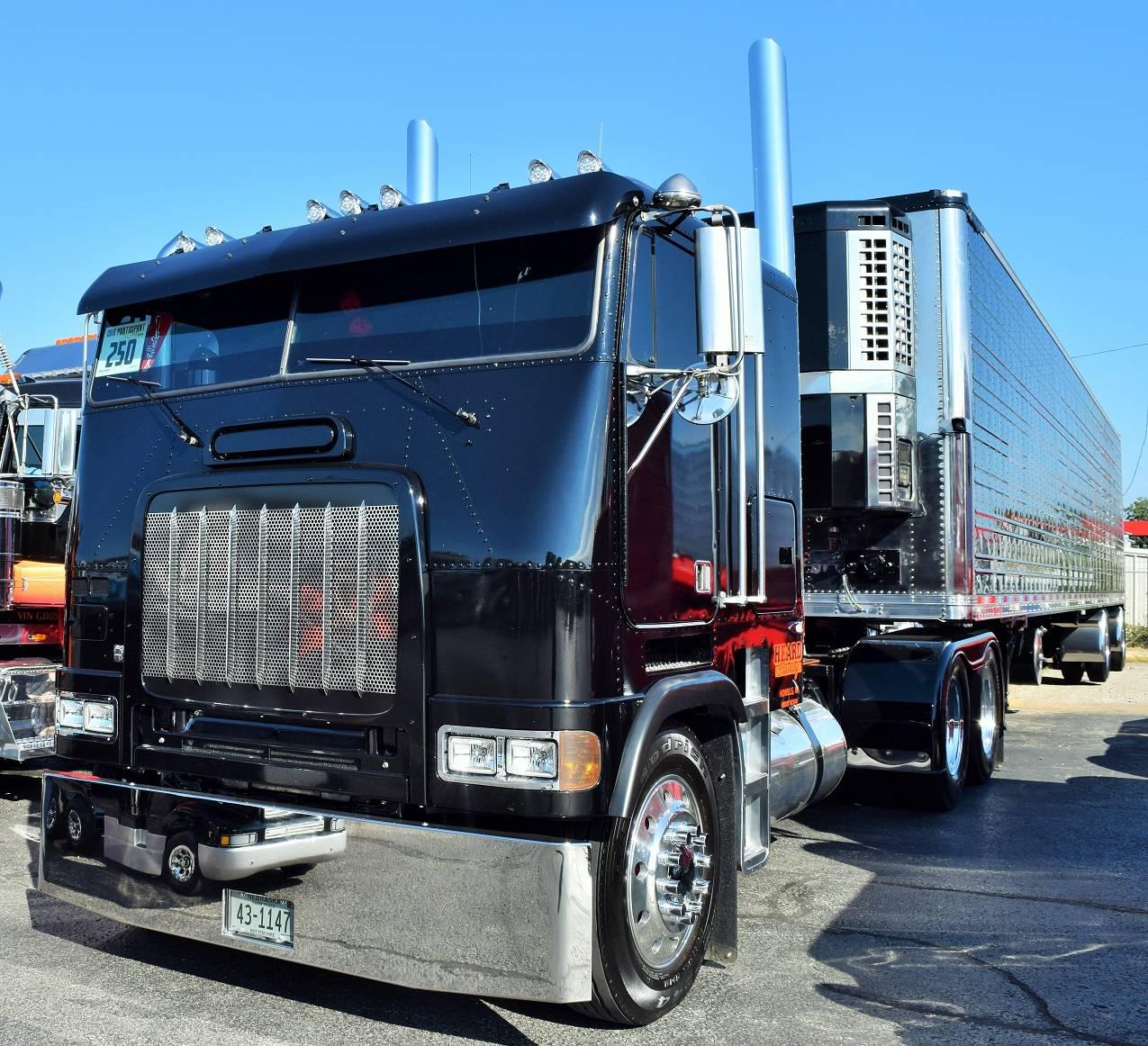 Freightliner Fld Cabover Heard Trucking on 1996 Dodge Truck Hood