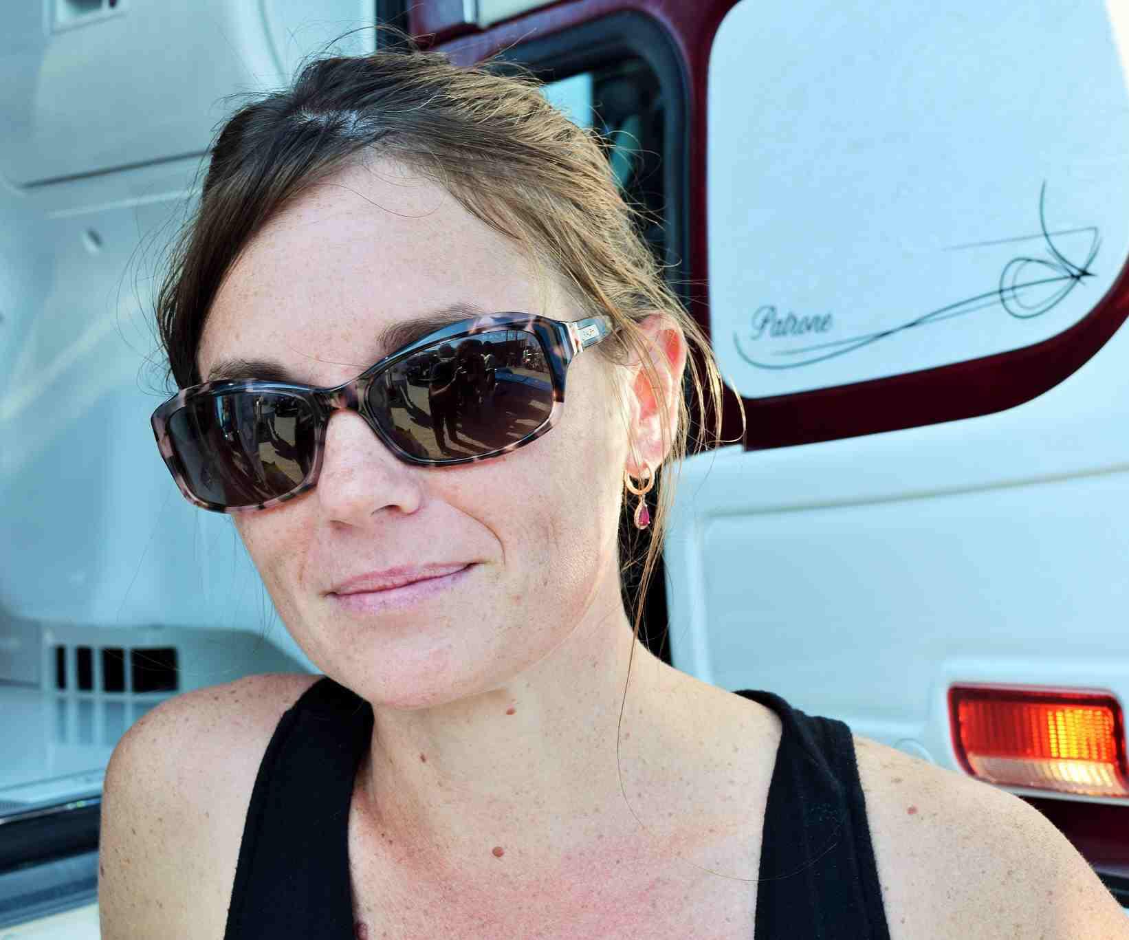 Petro Joplin Mo >> Video: More on the 2017 Peterbilt 389 flattop of Candice Cooley's Patrone Livestock fleet