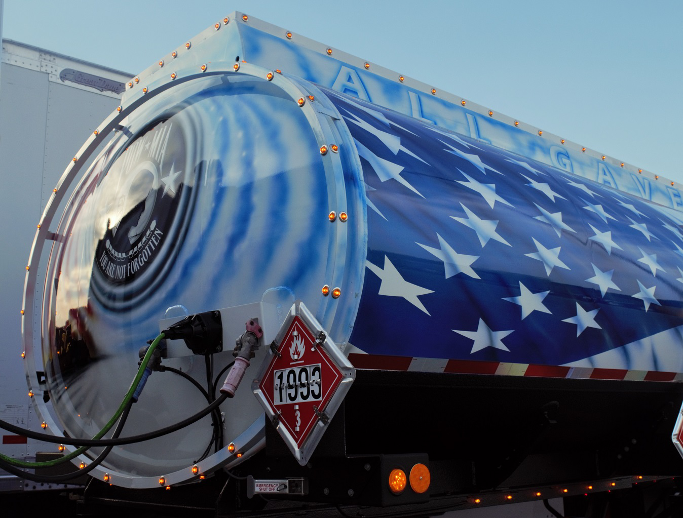 The tanker's front is dedicated to U.S. soldiers that never came back from foreign wars, showing the POW-MIA isignia.