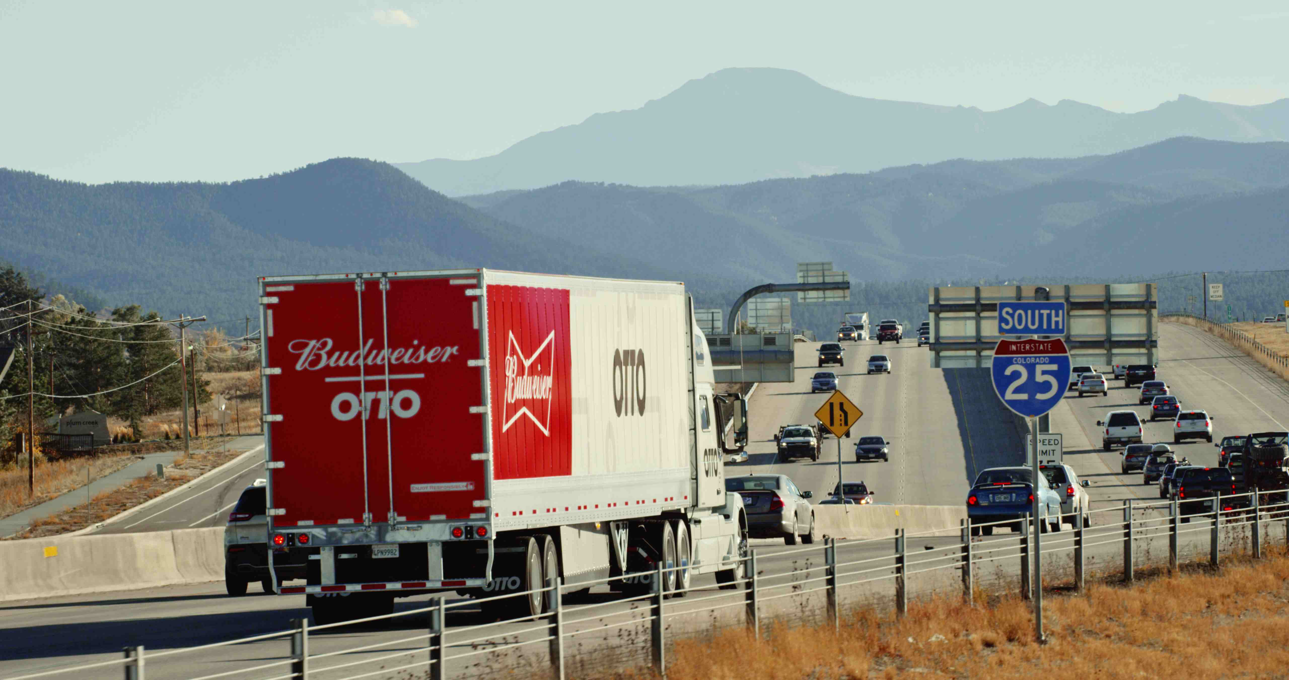 2016's top trucking stories: ELD mandate and 34-hour restart survive, Trump on trucking, autonomous truck action and more