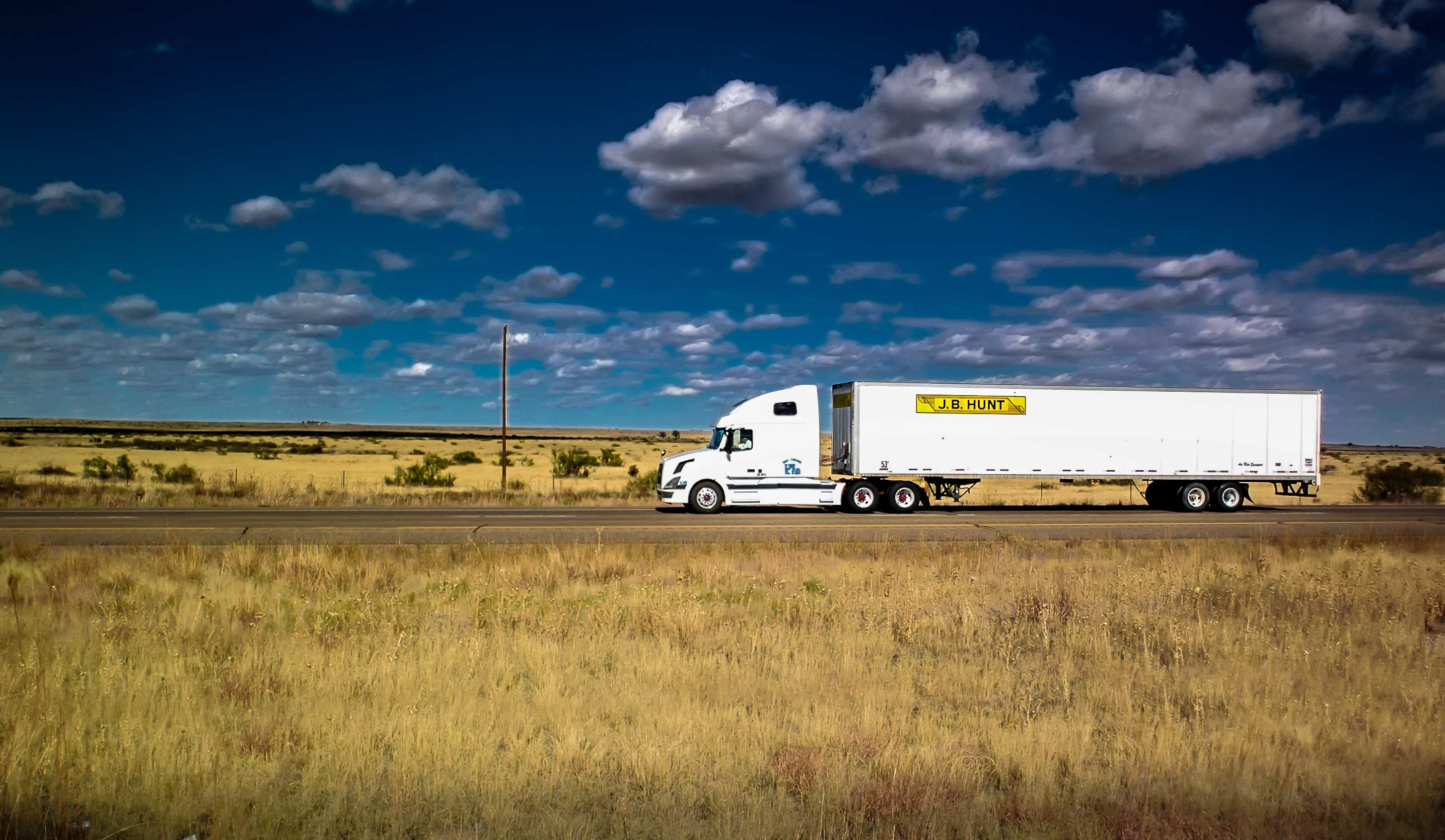 Four truckers reach $260k settlement with J.B. Hunt after alleged religious discrimination