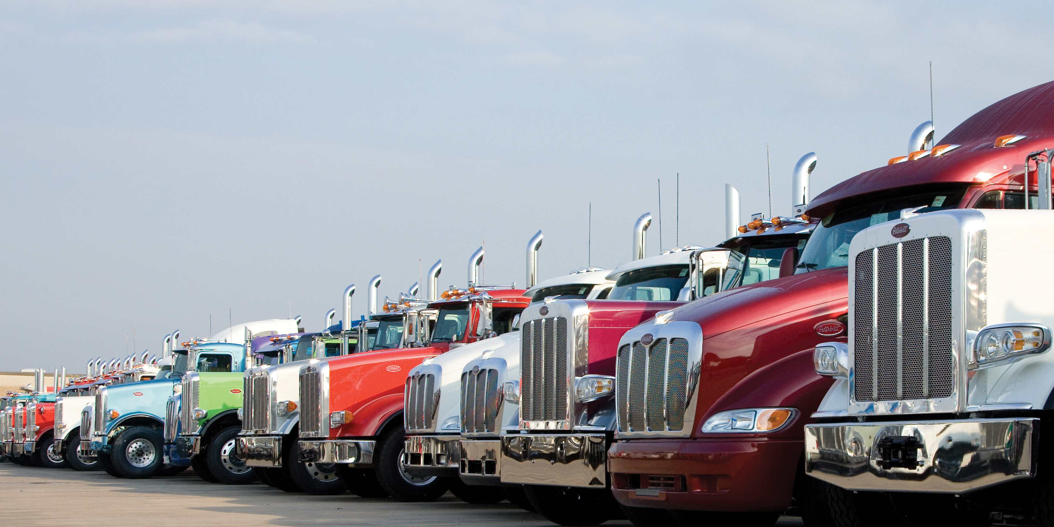 Peterbilt 'Red Oval' used certification to include PacLease trucks