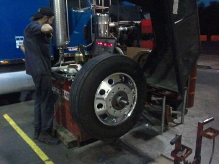 tire-balancer