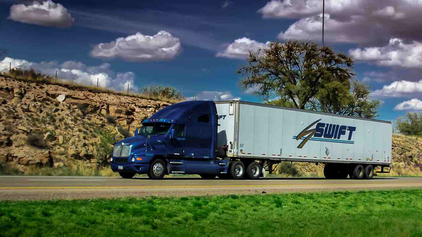 Court ruling could allow Swift owner-operators to receive back pay, more