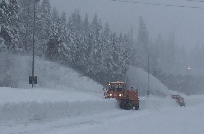 I-80-snow-2017-01-11-15-24
