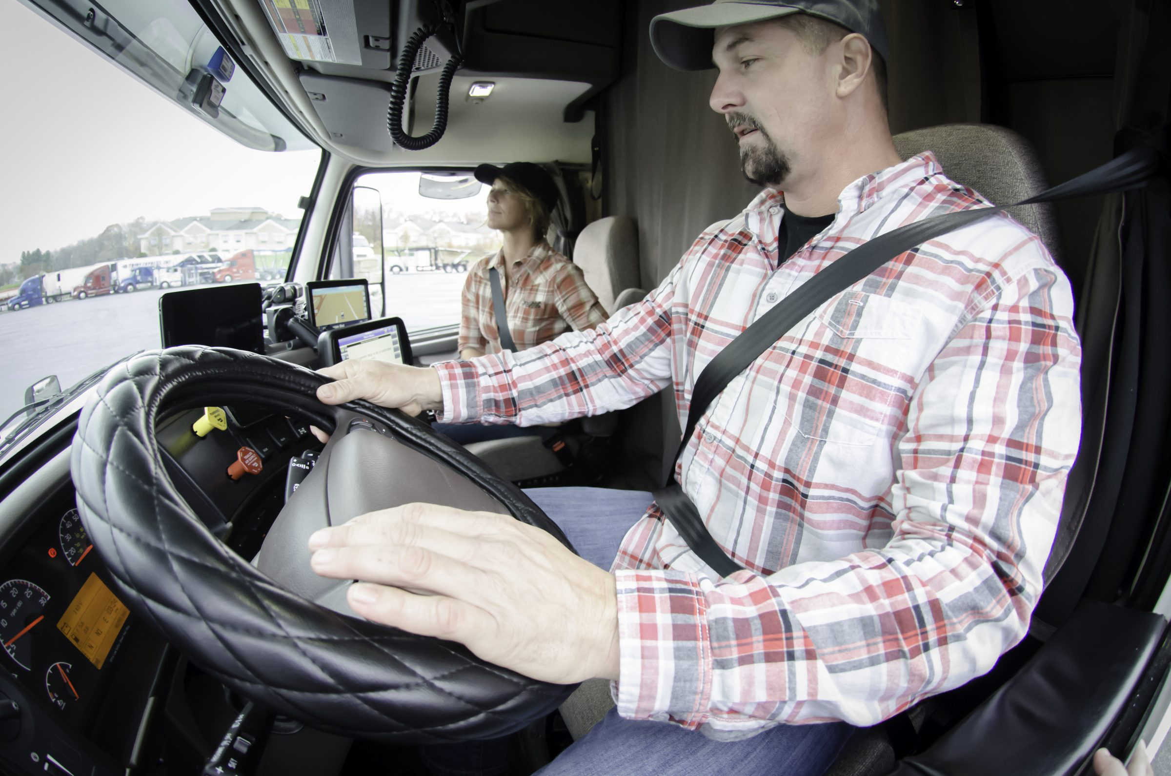 Per Trump order, FMCSA delays new driver training rule