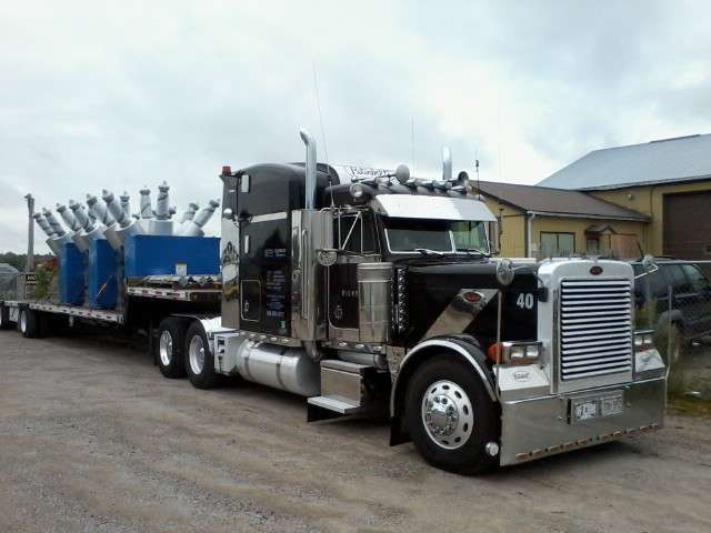 Lee Ingratta's 2001 Peterbilt 379