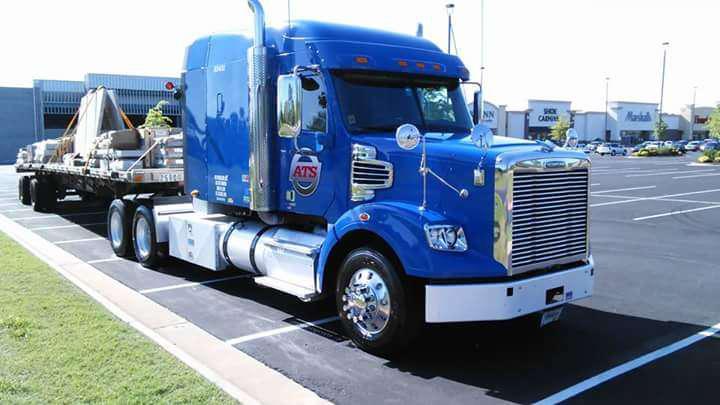 Chris Godbey's 2013 Freightliner Coronado