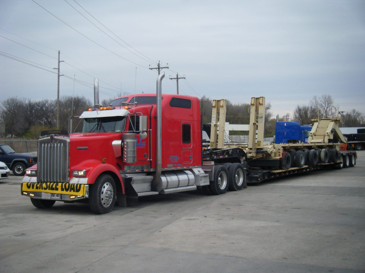 Keith and Kevin Whightsil's 2004 Kenworth W900