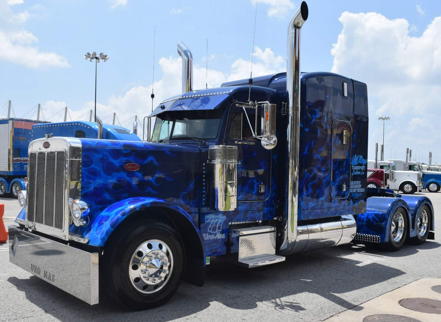 Bill Rethwisch S 2016 Peterbilt 389 Takes Top Honors At