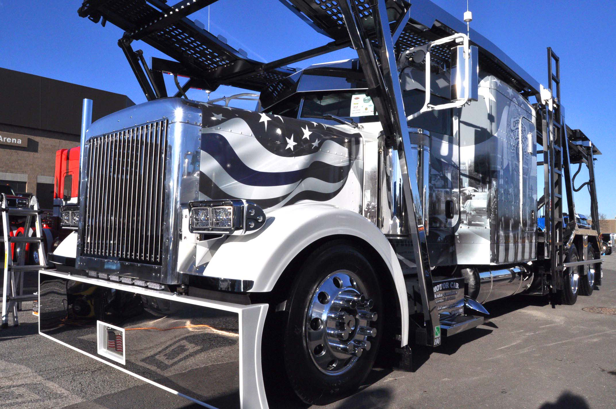 Video Car Haulers Touching Tribute To Police - Show car transport