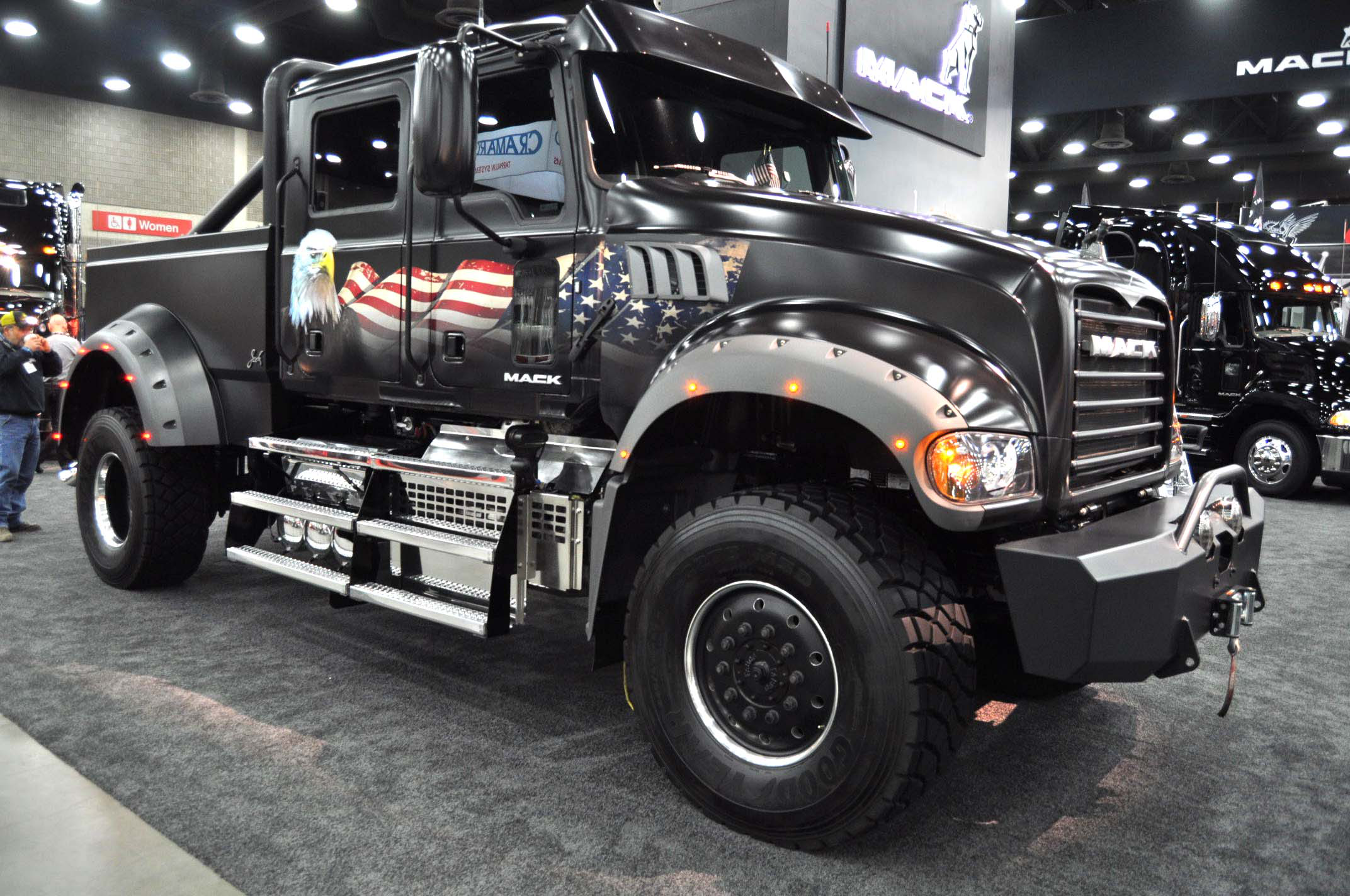 Video Muscular Mack Pickup Ready For Independence Day