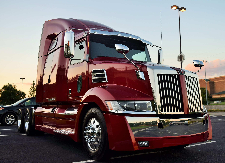 Daimler Recalls More Than 2 500 Trucks For Tow Hook Fuel
