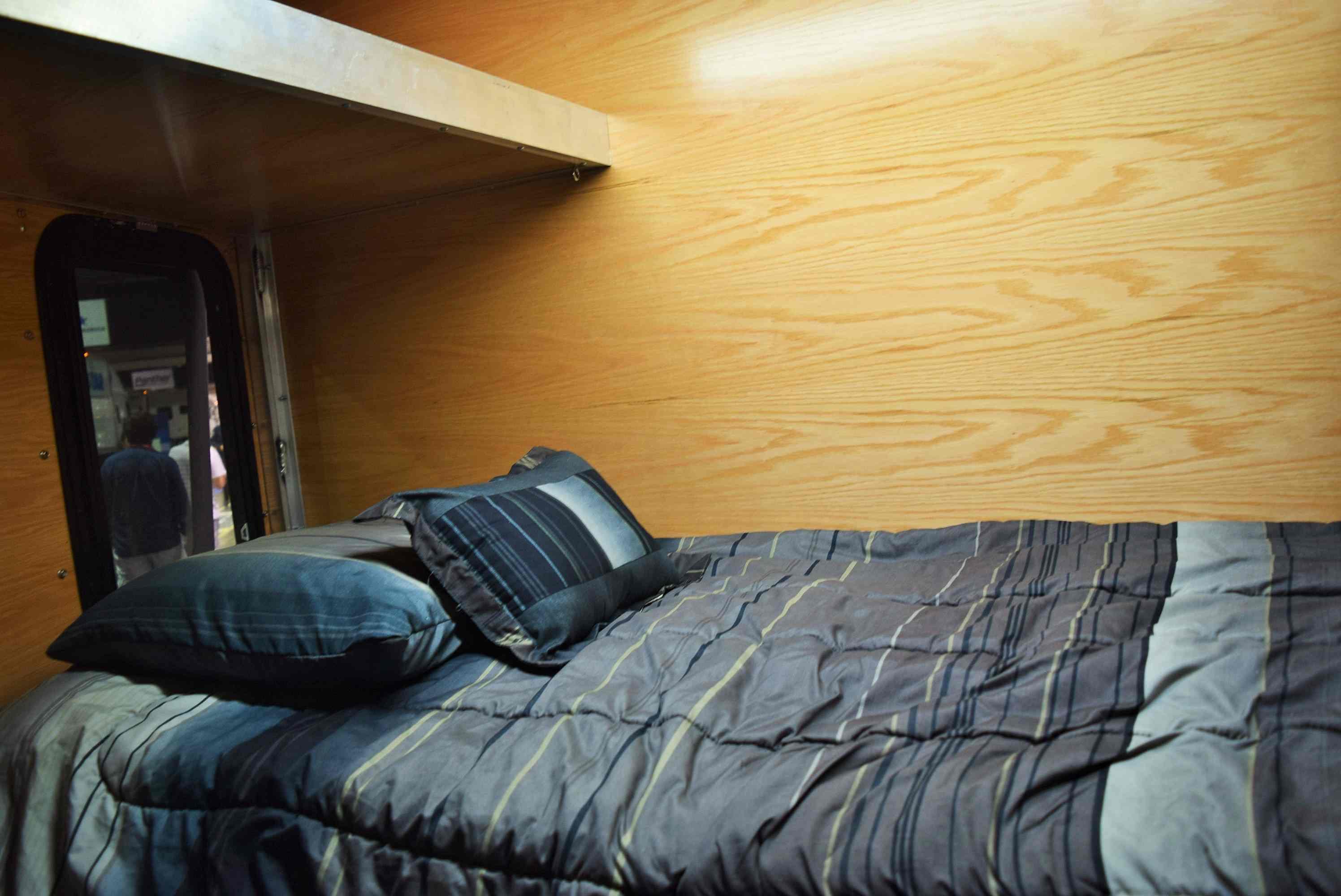 Steve Mcneal S Sleeper Six Skid Box Outfitted Custom 17
