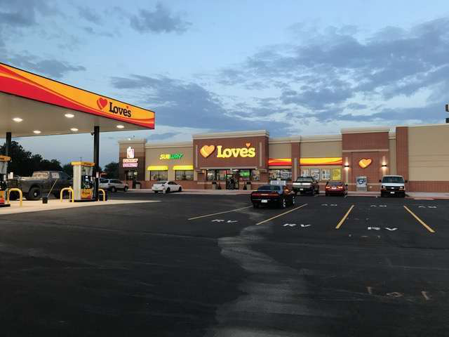 Love S Opens New Truck Stop In Oklahoma