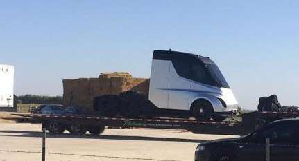 First look at Tesla semi? Unauthorized photo posted to Reddit