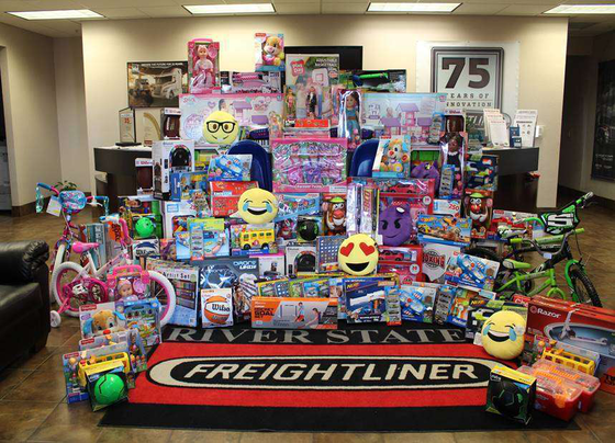 Toys For Tots Introduction : Toys for tots