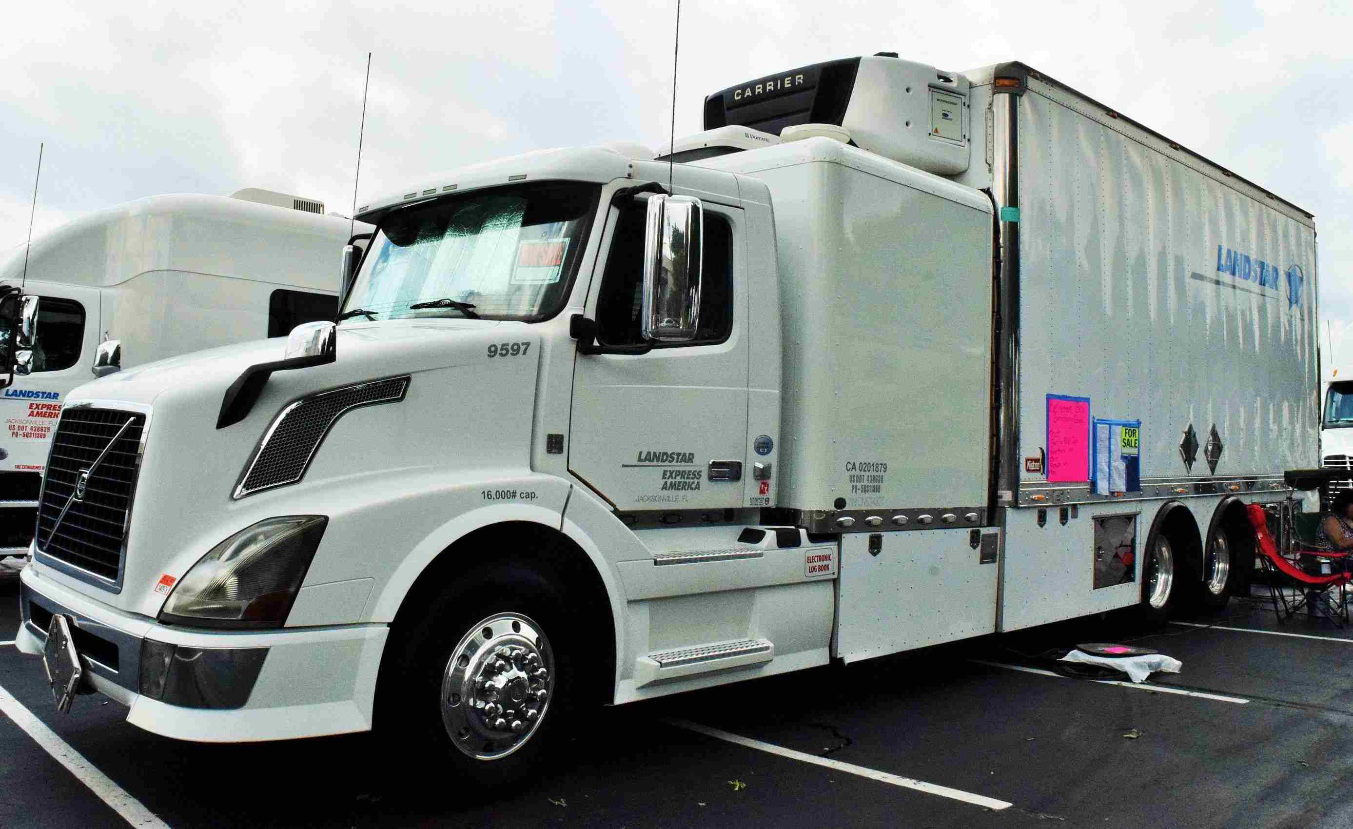 2012 Volvo Available In Richard Baulos Retirement Sale Semi Truck Fuel Filter Location Wide View Of The Straight Expediter Owned By Owner Ops And