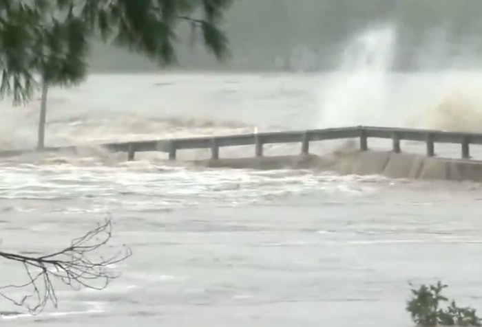 texas-bridge-washout