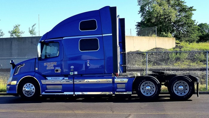 Blue saphire Volvo