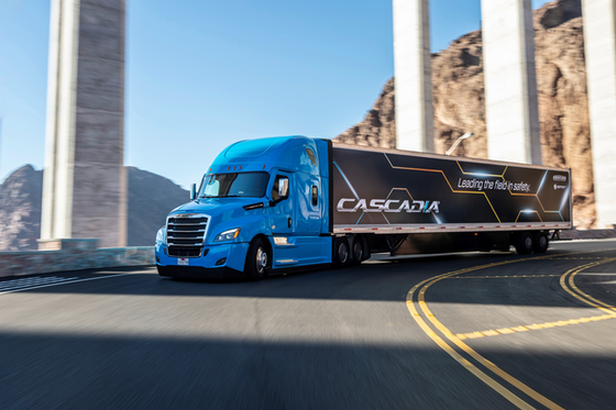 Freightliner debuts Cascadia with limited autonomous