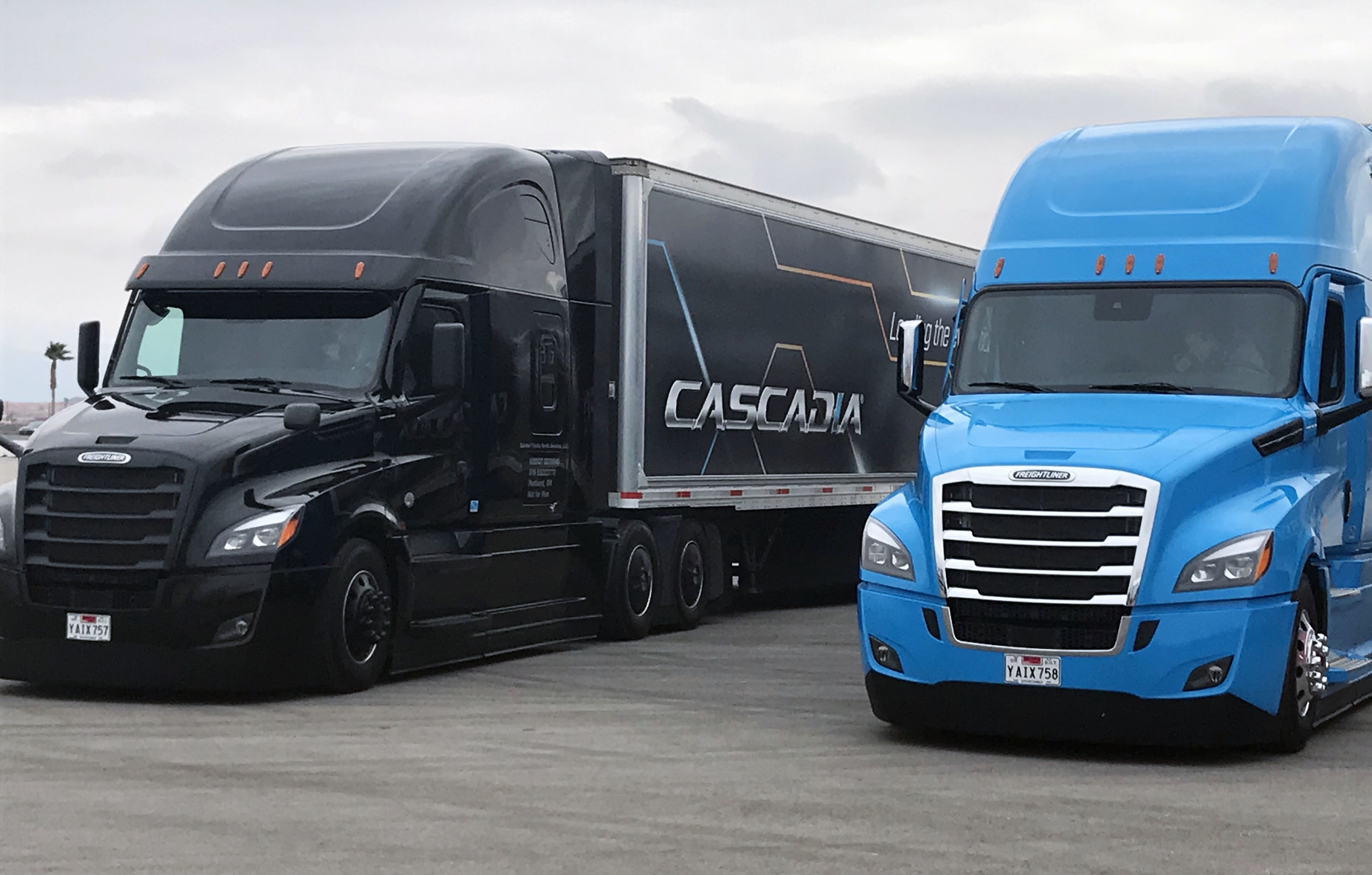 Semi-autonomous Freightliner Cascadia recognized by tech pub