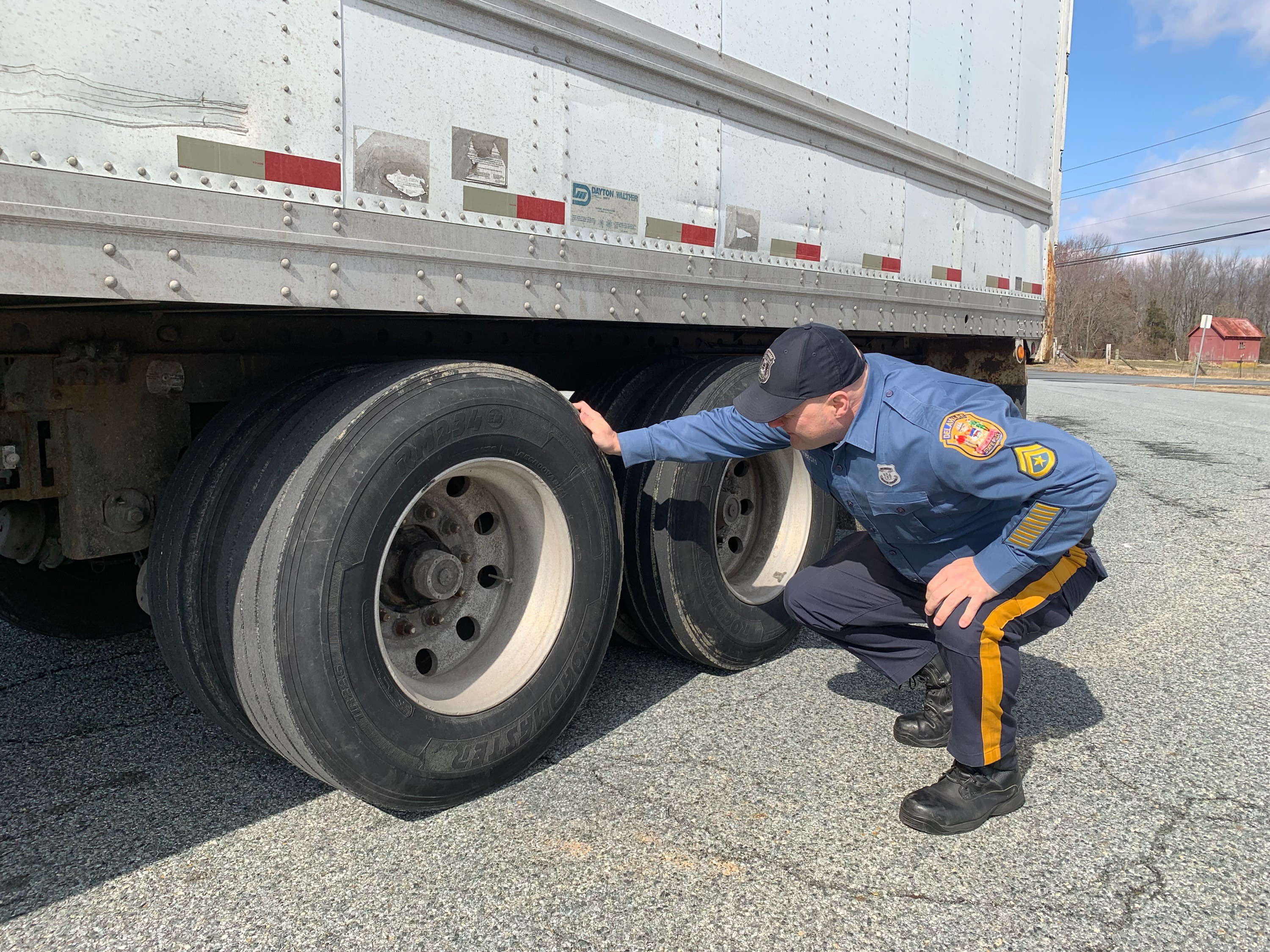 Delaware, Maryland police target truckers bypassing U S  301