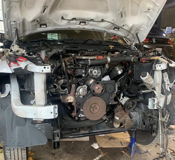 Tabor's 2017 Ram 3500 engine